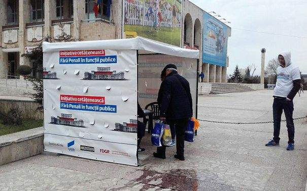 Campania Fără Penali, respinsă pentru că una din foile cu semnături avea colţul îndoit