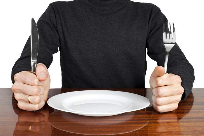 Previzibil! Singurul om care a mâncat 100% sănătos a murit de foame