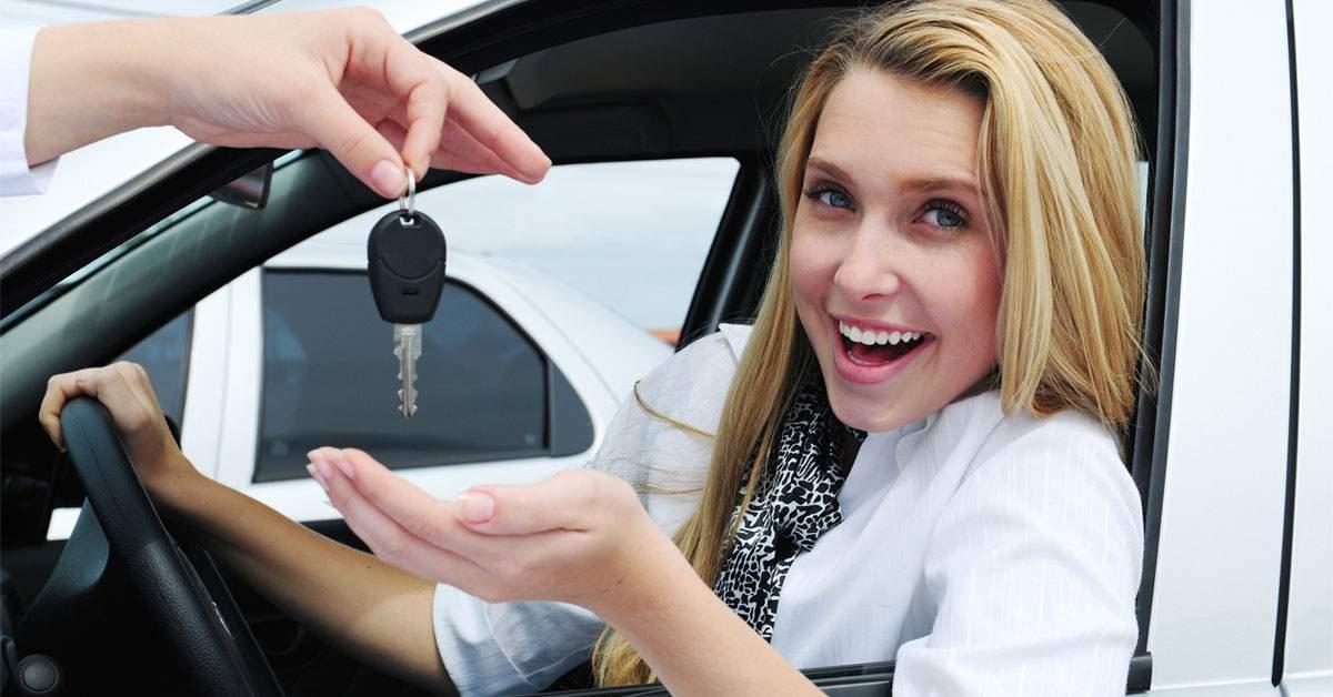 Proiect de lege: sexul copilului se stabileşte la 18 ani, când parchează prima maşină