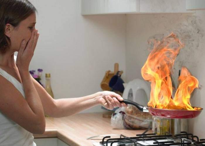 """Un român e feminist convins: """"Femeile n-au ce căuta în bucătărie, că ele habar n-au să gătească"""""""