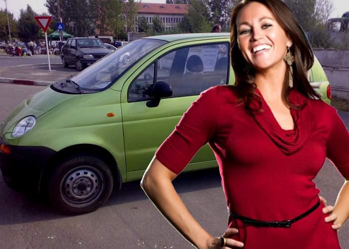 Succes! O femeie a stat atât de mult să parcheze încât parcagiul s-a plictisit și nu i-a mai cerut bani
