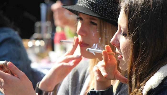 Sănătatea pe primul loc! Anul trecut s-au lăsat de fumat 174.000 de români morți de cancer la plămâni