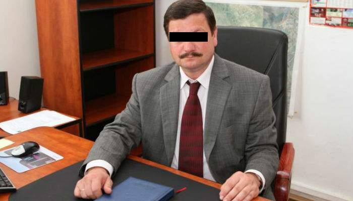 Un funcţionar public respinge cererile de prietenie pe Facebook dacă nu au timbru fiscal