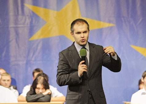 Ministerul Educației i-a premiat pe paralimpicii noștri la matematică