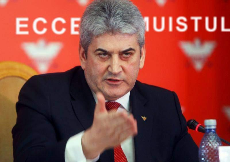 Oprea a arătat în conferința de presă că merită să fie premier: e nesimțit și minte la fel ca Ponta
