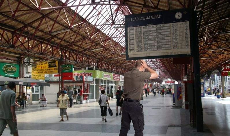 Codul Penal se înăsprește! În loc de închisoare, vei fi pedepsit să aștepți în gară pe cineva