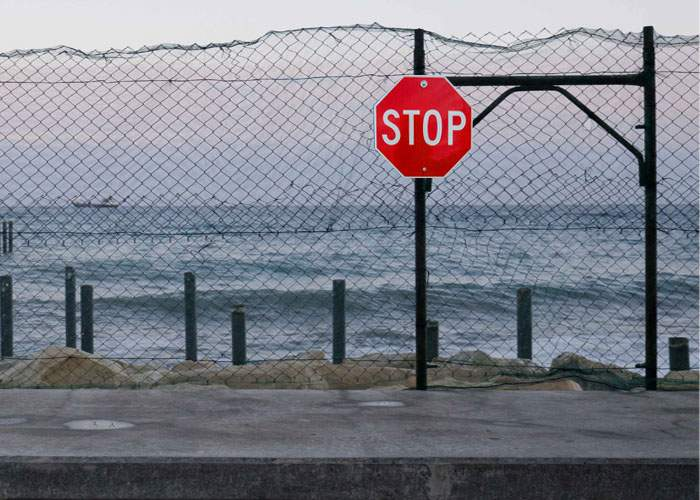 Marea Neagră a ridicat un gard la granița cu România, să nu mai intre toți cocalarii în ea
