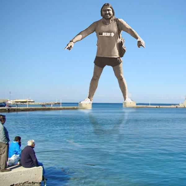 """Poza zilei! A fost inaugurat """"Colosul din Venus"""", statuia de 74 metri a marelui artist Gigi Gheorghiu"""