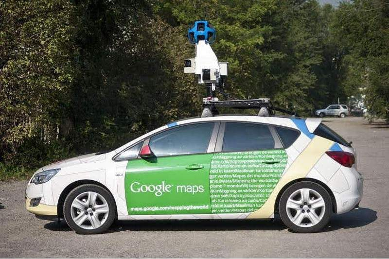 Maşina Google Street View a rămas fără Google Roţi şi Google Casetofon pe Valea Oltului
