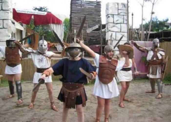 Noi dezvăluiri la grădiniţa privată din Constanţa: Copiii erau antrenaţi să devină gladiatori