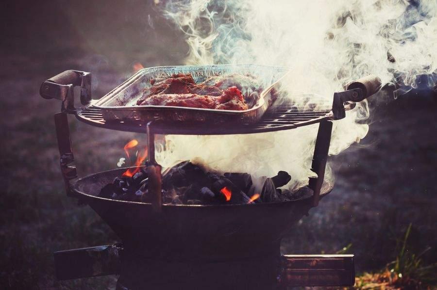 Ultimul bau-bau din România, prins și mâncat de țăranii din Vârteșcoiu