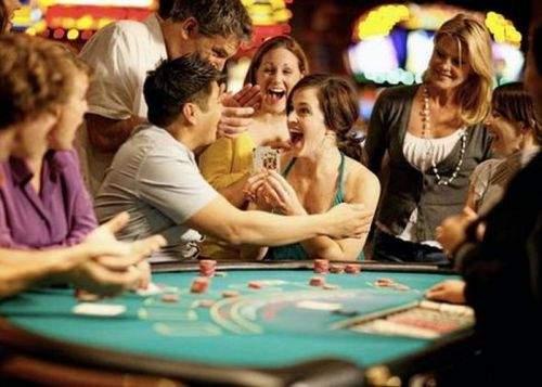 Grecii au luat cu asalt Las Vegas-ul, ca să cheltuie banii primiţi de la UE