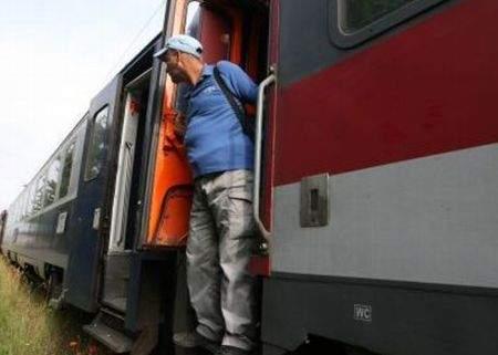 Grevă la CFR? Sau doar au întârziat trenurile ceva mai mult?