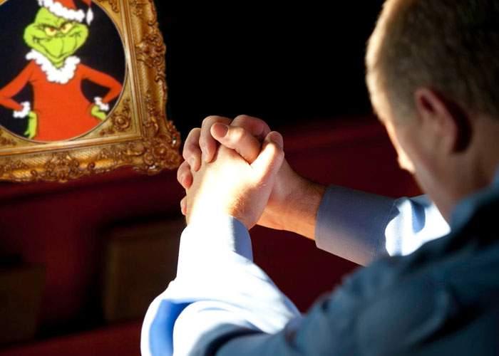Disperare! Bărbaţi din toată ţara se roagă la Grinch să fure măcar o dată şi Valentine's Day