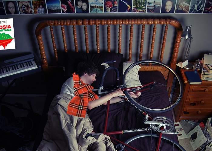 Deşi mulţi sunt trecuţi de 30 ani, hipsterii recunosc că şi la vârsta asta dorm cu bicicleta în pat