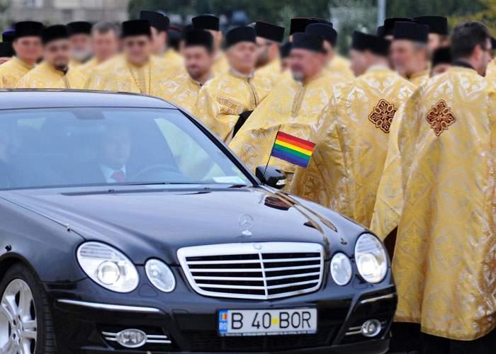 România bate Olanda la toleranţă! Homosexualii noştri poartă cruci din aur masiv şi primesc bani de la stat