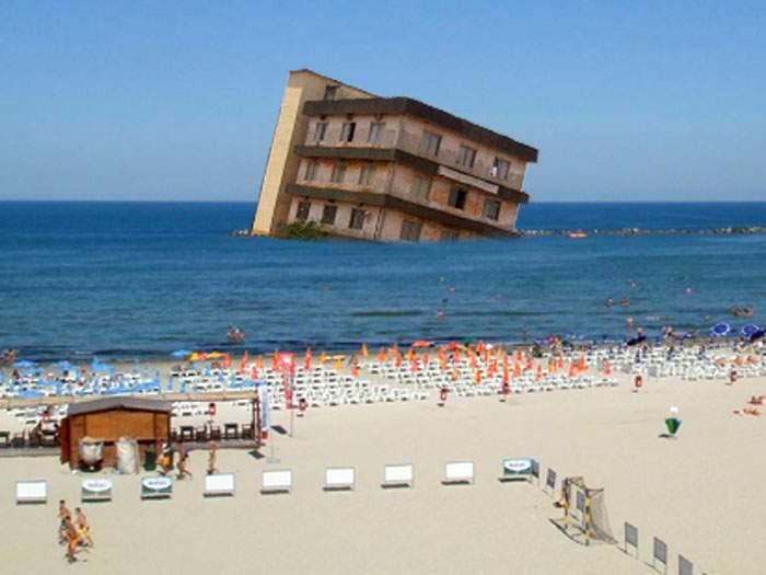 Un hotel din Mamaia s-a prăbuşit în mare şi acum pretinde că e vas de croazieră