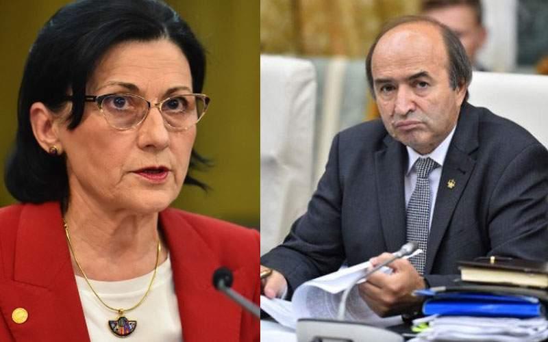 Andronescu vrea să desfiinţeze Evaluarea Naţională! Tudorel Toader, în lacrimi