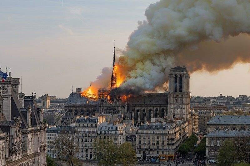 16 lucruri despre incendiul de la catedrala Notre Dame