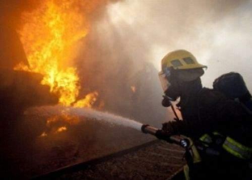 Incendiu devastator pornit de la o ţigară electronică lăsată nesupravegheată