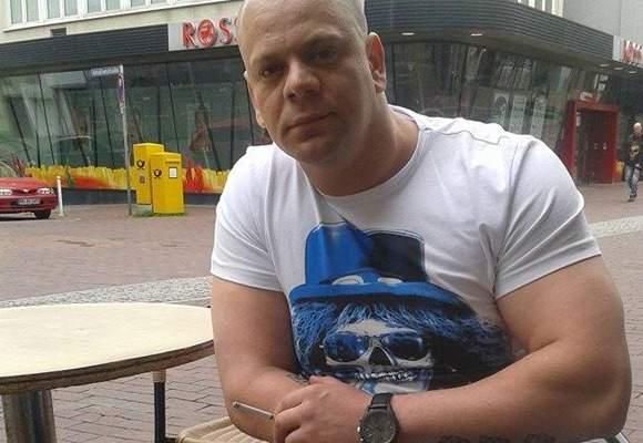 Bătăuşul din Straja a primit NUP şi 5000 de Euro de la procurori, ca să nu-i bată şi pe ei