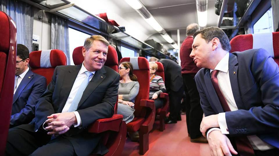 7 lucruri despre plimbarea lui Klaus Iohannis cu trenul până la Ploiești
