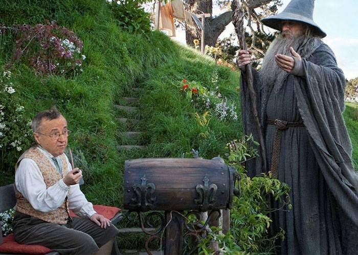 Gafă incredibilă a lui Gandalf: a plecat spre Mordor cu Ion Cristoiu!