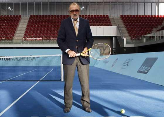 Pentru că a ajuns la vârsta la care se uită la RTV, Ţiriac îl cumpără şi va da doar tenis