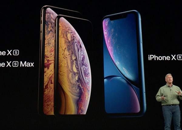 Noul iPhone, un succes! O primărie din România a comandat deja 8 milioane de bucăţi