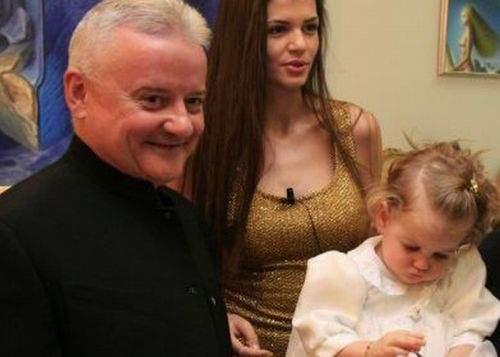 Românii sunt chemați la vot să decidă cu cine va rămâne Irina Columbeanu
