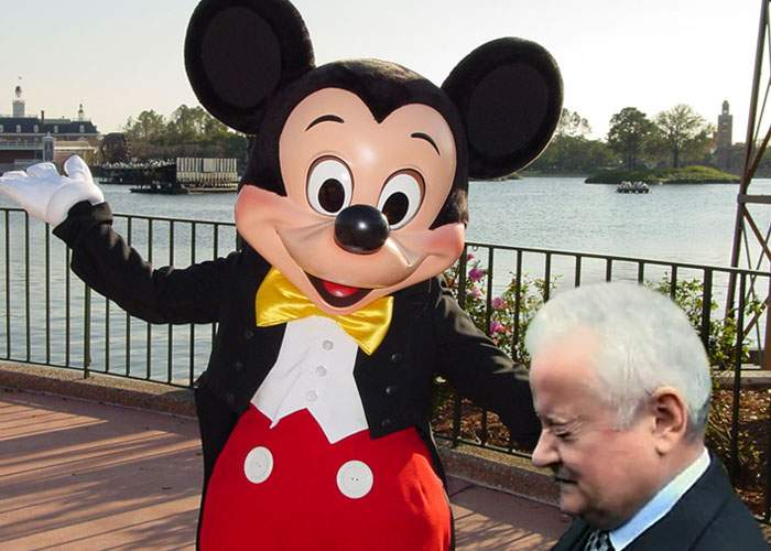 Irinel Columbeanu şi-a prezentat cazul la Disneyland, în faţa lui Mickey Mouse