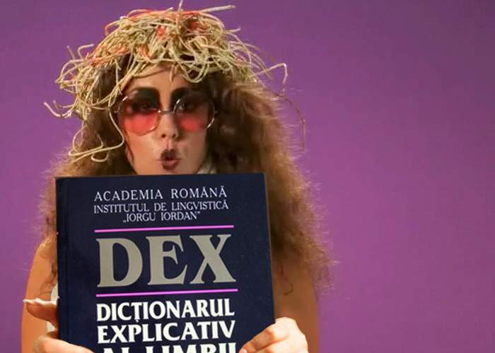 """Iulia Albu critică DEX: """"La ce bun atâtea cuvinte? Mie îmi sunt suficiente 20!"""""""