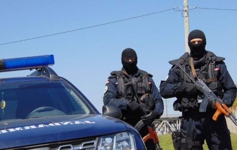 Promptitudine! Un jandarm care a sunat la 112 c-a fost răpit, găsit în 30 de secunde!