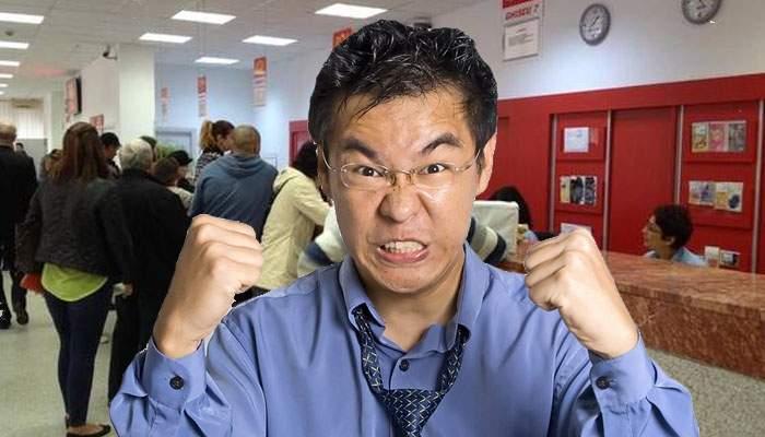 Turist japonez, profesor de Zen, a făcut o criză de nervi într-un sediu al Poştei Române