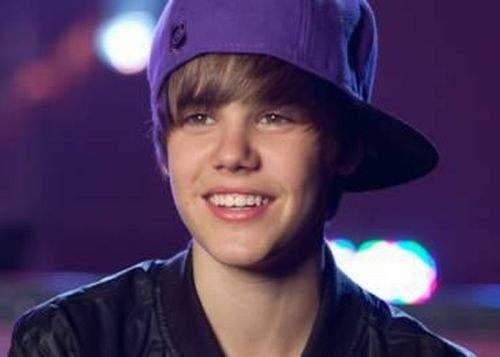 """Justin Bieber: """"Nu mă simt pregătit să recunosc că sunt gay"""""""