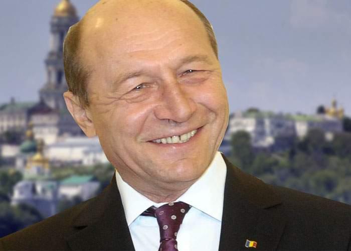 Referendumul din Crimeea, anulat din lipsă de cvorum! Băsescu, văzut la Kiev zâmbind ştrengăreşte
