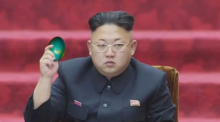 Kim Jong-un n-are cu cine ciocni, că e singurul din Coreea de Nord care are ouă