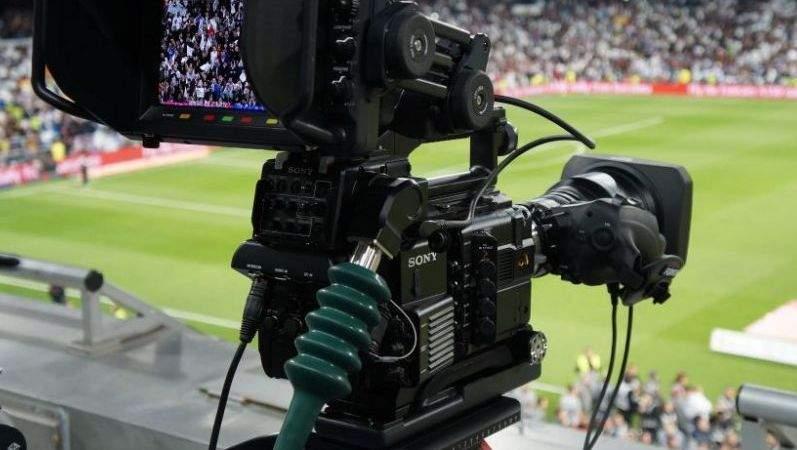 Normalitate în Liga 1: cluburile vor plăti pentru ca partidele lor să fie televizate