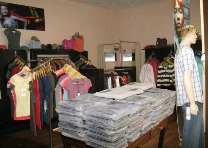 Șoc! Mall-urile bagă droguri în haine ca să le creeze clienților dependență!