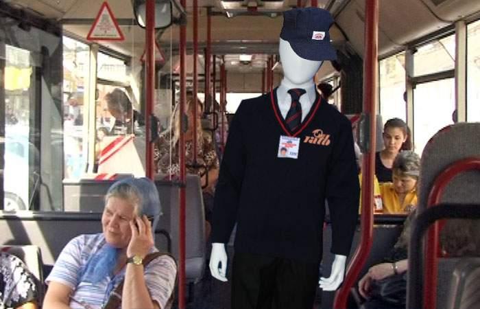 Pentru a încuraja românii să meargă pe jos, în autobuze vor fi puse manechine-controlor