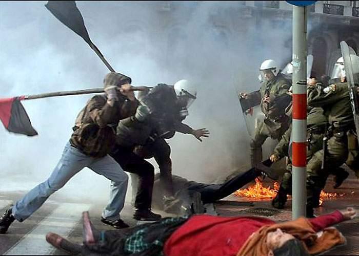 """Grecii râd de protestele noastre: """"Ce-a fost mă parada aia gay la voi?"""""""