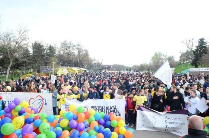 7 lucruri despre marșul anti-avort organizat de Coaliția pentru Familie și Biserică