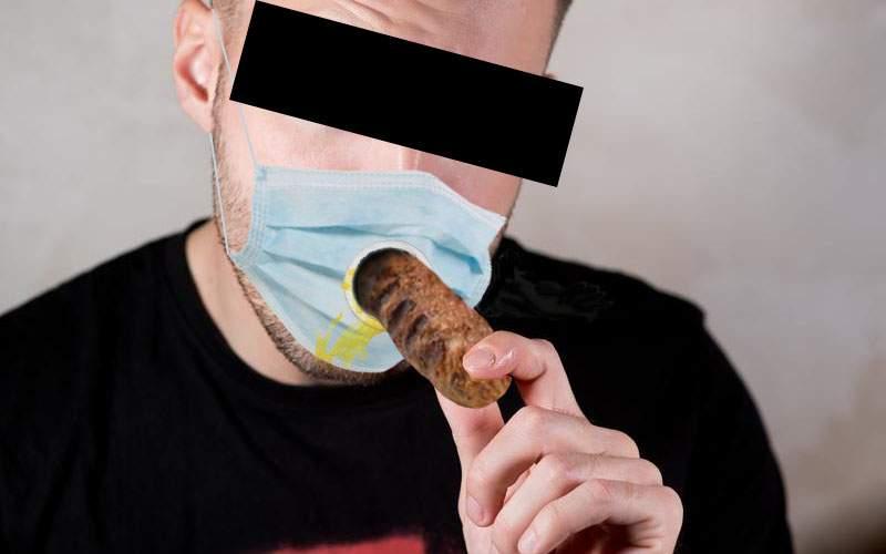 În sfârşit! A apărut masca chirurgicală românească, cu gaură pentru mici