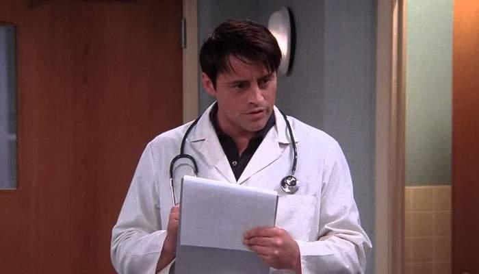 Studiu. Au plecat atât de mulţi medici din ţară, că în spitale sunt angajaţi actori