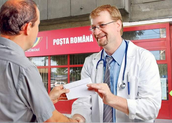 Un chirurg s-a umplut de bani vânzându-şi colecţia de plicuri în faţa poştei