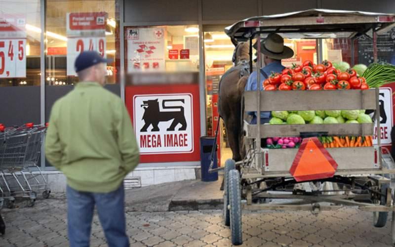 Autentic românesc! Un fermier și-a dus legumele la Mega direct cu calul și căruța