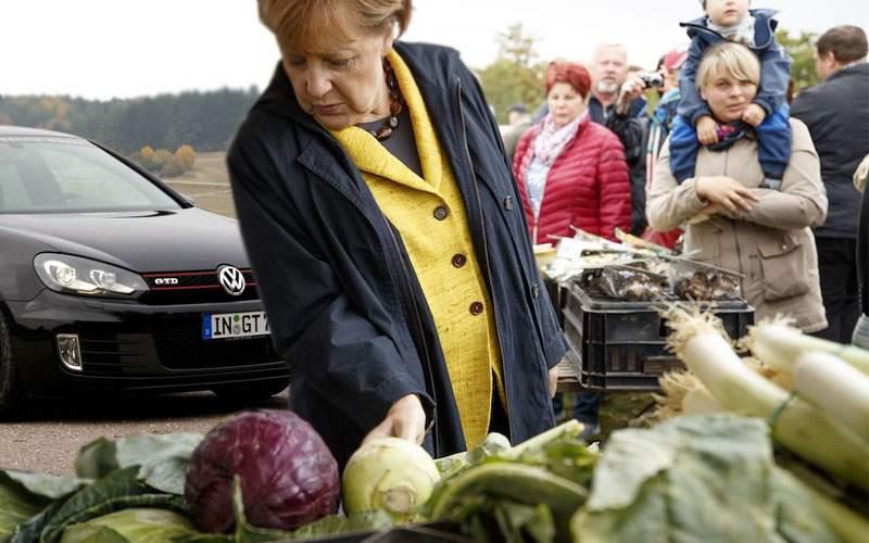 Merkel anunţă că se retrage din funcţie! Va mai merge doar duminica la piaţă cu Golful