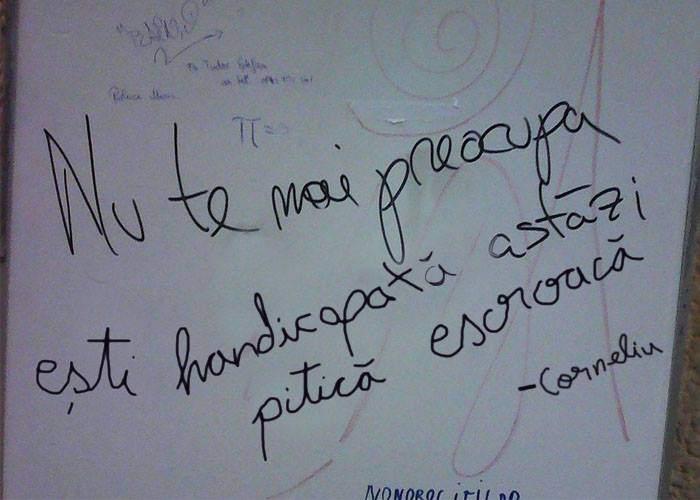Mort, dar nu uitat! Grafitti-uri cu versuri din Vadim au apărut pe panouri și pereți din țară