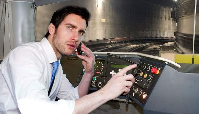 """Bucureştiul, complet gol! La metrou s-a auzit: """"Ştie cineva să conducă drăcia asta?"""""""