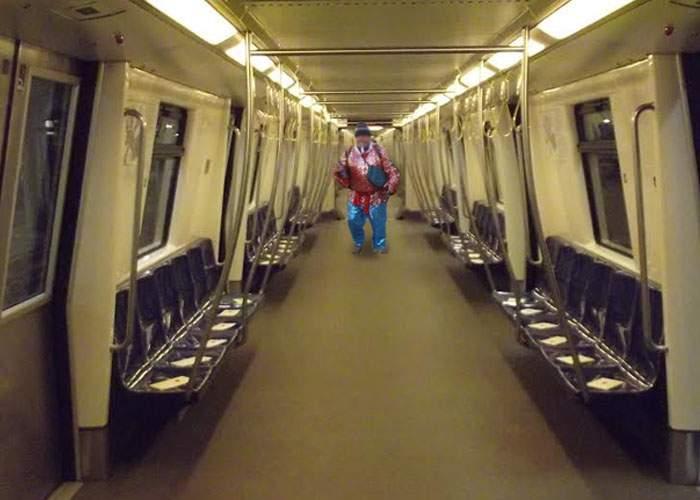 Gata cu aglomeraţia în metroul bucureştean! Un colindător afon a alungat 94% din călători